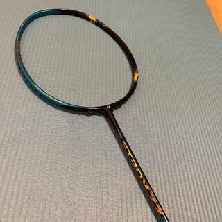 ヨネックス(YONEX)のバドミントンラケット アストロクス77 ヨネックス ASTROX77 3UG4(バドミントン)