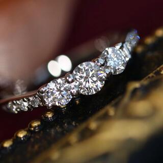 デビアス(DE BEERS)のDeBeersデビアス pt900トリロジーダイヤモンドリング 計0.41ct(リング(指輪))