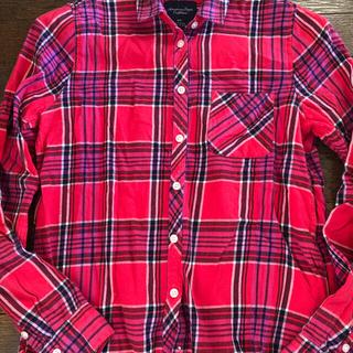 アメリカンイーグル(American Eagle)の【古着】アメリカンイーグル レディースシャツ(シャツ/ブラウス(長袖/七分))