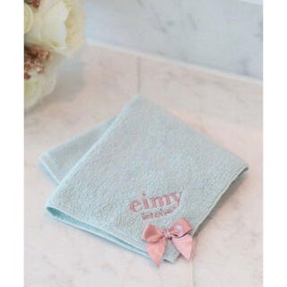 エイミーイストワール(eimy istoire)の新品❥❥eimyistoire リボン付 ロゴ刺繍 タオル ハンカチ🤍(ハンカチ)