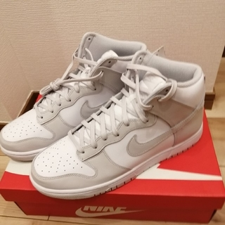 ナイキ(NIKE)の【新品】NIKE DUNK HIGH RETRO GREY-WHITE(スニーカー)