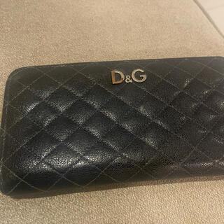 ドルチェアンドガッバーナ(DOLCE&GABBANA)のドルチェアンドガッパーナ 張る財布(長財布)