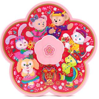 ダッフィー(ダッフィー)の香港ディズニー新商品 春節 花形お菓子箱(キャラクターグッズ)