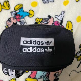 アディダス(adidas)の鞄(adidas(ショルダーバッグ)