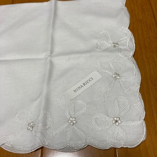 NINA RICCI - 未使用保管🌸刺繍ハンカチセット