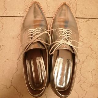 ザラ(ZARA)のZARA シューズ 23.5cm(ローファー/革靴)