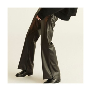 サンシー(SUNSEA)のRYO TAKASHIMA Fake Leather flare pants(スラックス)