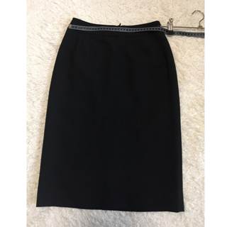 ストロベリーフィールズ(STRAWBERRY-FIELDS)のストロベリーフィールズ タイトスカート 黒 サイズ1(ひざ丈スカート)