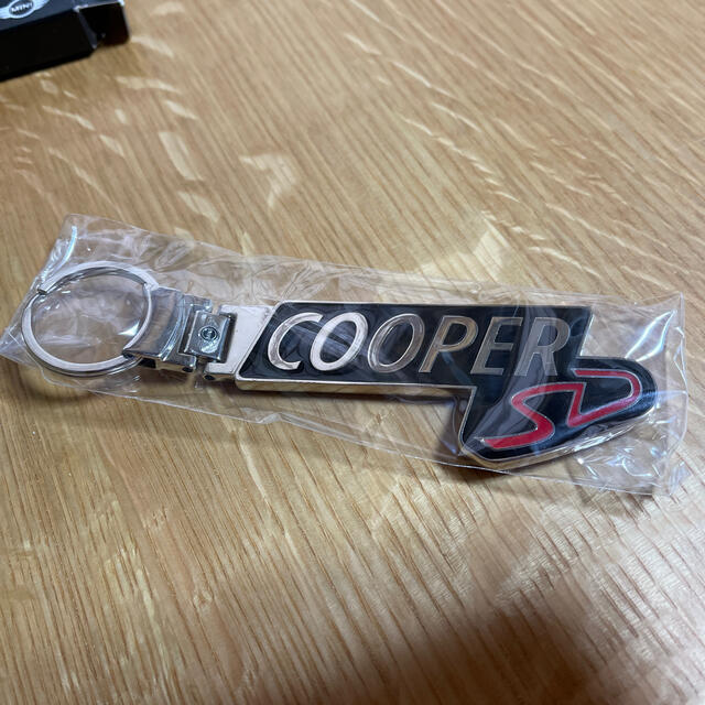 BMW(ビーエムダブリュー)のBMW MINI Cooper SD キーホルダー 自動車/バイクの自動車(車内アクセサリ)の商品写真