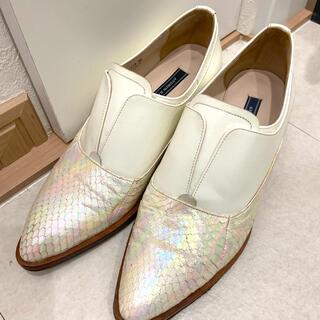 アパルトモンドゥーズィエムクラス(L'Appartement DEUXIEME CLASSE)の白 ショートブーツ ローファー ANDREW KAYLA(ブーツ)