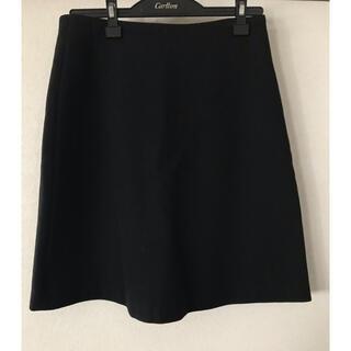 アーペーセー(A.P.C)のA.P.C 黒 Aラインスカート(ひざ丈スカート)