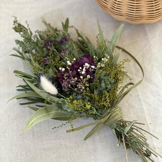 ミモザの蕾と紫陽花のスワッグ〜花束(ドライフラワー)