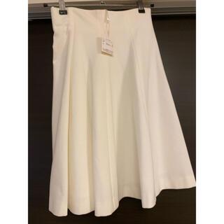 ストロベリーフィールズ(STRAWBERRY-FIELDS)の【新品タグ付き】STRAWBERRY FIELDS 白スカート(ひざ丈スカート)