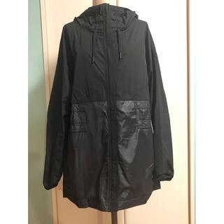 リーボック(Reebok)の新品 リーボック Reebok フード付きジャンパー Lサイズ ブラック 黒(ナイロンジャケット)