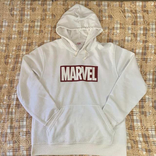 MARVEL(マーベル)のMARVEL 白 パーカー LLサイズ メンズのトップス(パーカー)の商品写真
