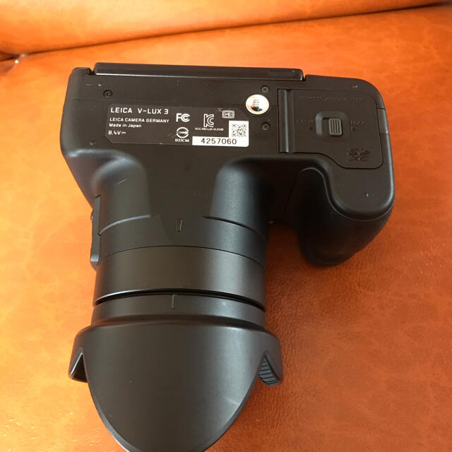 LEICA(ライカ)の極美品 完動品 Leica V-Lux3 ライカ デジタルカメラ デジカメ 一眼 スマホ/家電/カメラのカメラ(ミラーレス一眼)の商品写真