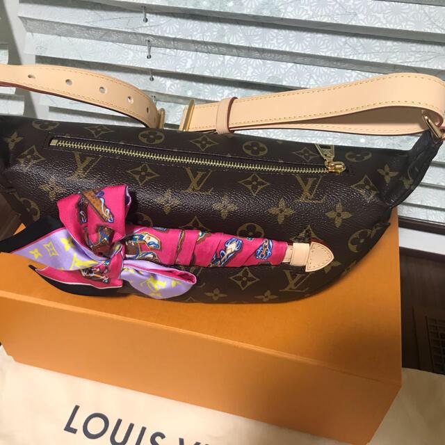 LOUIS VUITTON(ルイヴィトン)のルイヴィトン  バムバッグ レディースのバッグ(ボディバッグ/ウエストポーチ)の商品写真