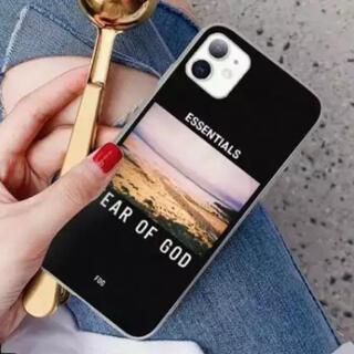 フィアオブゴッド(FEAR OF GOD)のFEAR OF GOD ESSENTIALS iPhone ケース カバー(iPhoneケース)