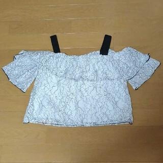 ジーユー(GU)のオフショルダートップス(カットソー(半袖/袖なし))