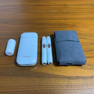 フィリップモリス(Philip Morris)のiQOS 2.4チャージャー 2.4Plusホルダー×2 クリーナーブラシ等(タバコグッズ)