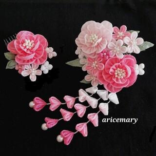 ピンクの牡丹のつまみ細工髪飾り(ヘアアクセサリー)