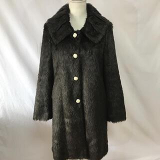スーナウーナ(SunaUna)の美品スーナウーナフェイクファー軽い着こなしコート、サイズM。SUNAUNA(ロングコート)