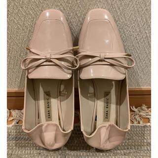 ザラ(ZARA)のZARA オペラシューズ リボン付き ピンクベージュ(ローファー/革靴)