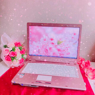 エヌイーシー(NEC)の可愛いピンクのノートパソコン(ノートPC)
