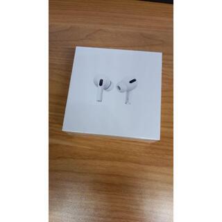 アップル(Apple)の【新品未使用】Air Pods Pro APPLE MWP22J/A(ヘッドフォン/イヤフォン)