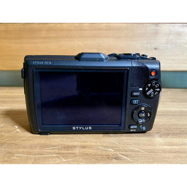 OLYMPUS(オリンパス)のOLYMPUS TG4  LEDライト フィッシュアイセット 防水カメラ スマホ/家電/カメラのカメラ(コンパクトデジタルカメラ)の商品写真