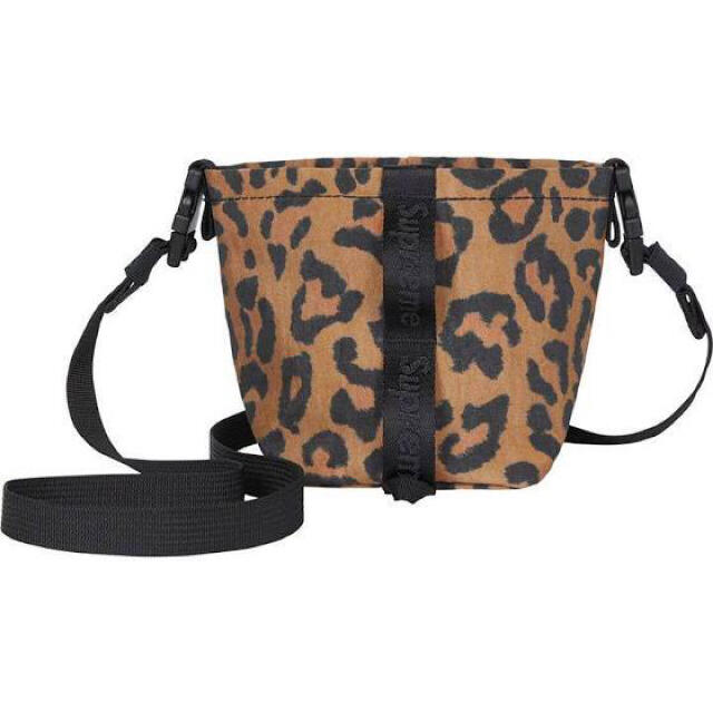Supreme(シュプリーム)のSupreme Neck Pouch Leopard メンズのバッグ(ショルダーバッグ)の商品写真