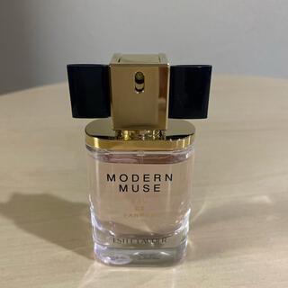 エスティローダー(Estee Lauder)のモダンミューズ(香水(女性用))