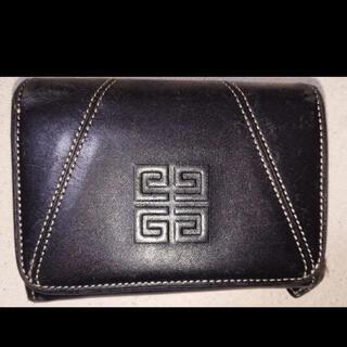 ジバンシィ(GIVENCHY)のレディース GIVENCHY 折り財布 ちょっと大きめサイズ!!(財布)
