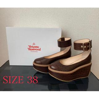 ヴィヴィアンウエストウッド(Vivienne Westwood)の新品未使用ヴィヴィアンウエストウッドプラットフォームベルトパンプス (ローファー/革靴)