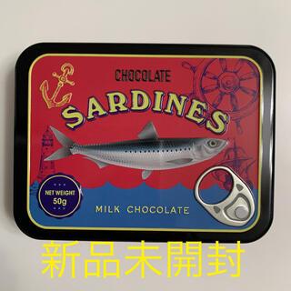 カルディ(KALDI)のカルディ チョコサーディン缶 バレンタイン KALDI 新品 未開封 サバ缶(菓子/デザート)
