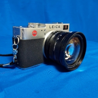 LEICA - LEICA Digilux 2 デジタルカメラ 3.2倍光学ズーム付き