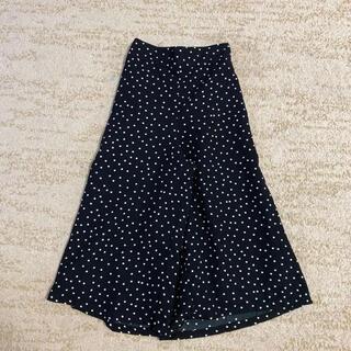 ジーユー(GU)の美品 GU ドット柄 ワイドパンツ 140  ロングスカート風(パンツ/スパッツ)