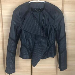BCBGMAXAZRIA - BCBG 美シルエット ブラックジャケット