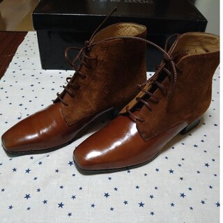 フェラガモ(Ferragamo)のフェラガモショートブーツ(ブーツ)