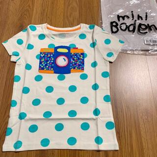ボーデン(Boden)の新品 mini boden カメラアップリケTシャツ 6-7 120 110(Tシャツ/カットソー)
