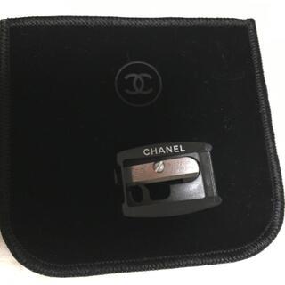 シャネル(CHANEL)のCHANEL☆鉛筆削り コンパクトカバー1枚セット(アイブロウペンシル)