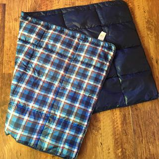 ユニクロ(UNIQLO)のユニクロ ダウン ブランケット 膝掛け 巻きスカート(その他)