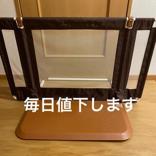 ニホンイクジ(日本育児)の日本育児 ちょっとおくだけとおせんぼS Sサイズ ブラウン ベビーフェンス (ベビーフェンス/ゲート)
