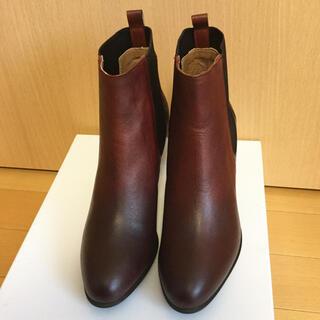 サヴァサヴァ(cavacava)の【新品】アプレ サイドゴアブーツ ショートブーツ 23cm 【箱有り】(ブーツ)