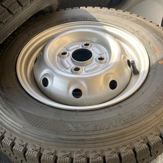 ダンロップ(DUNLOP)の145/80R12 スタッドレスタイヤ 4本セット(タイヤ・ホイールセット)