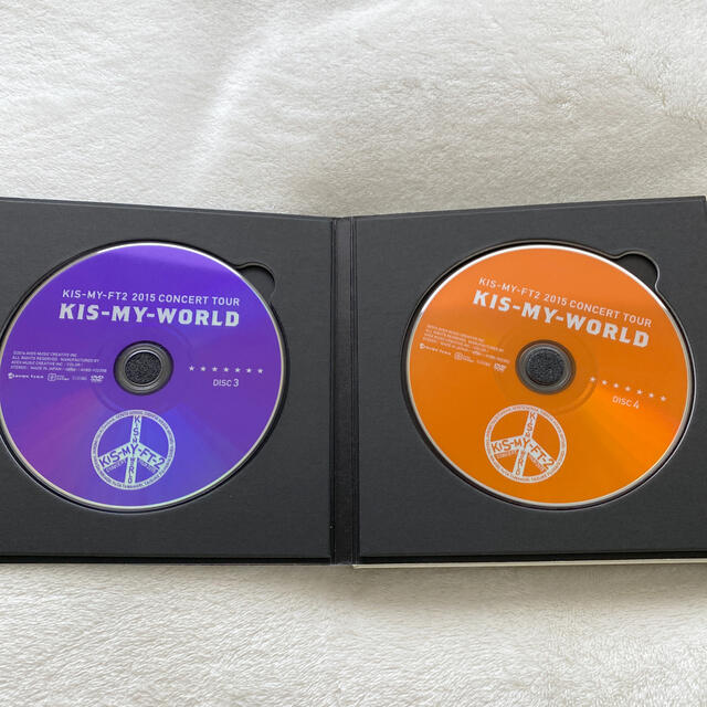 Kis-My-Ft2(キスマイフットツー)のKis-My-Ft2 ライブDVD KIS-MY-WORLD(初回生産限定盤)  エンタメ/ホビーのDVD/ブルーレイ(ミュージック)の商品写真