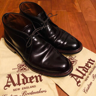 オールデン(Alden)の最終価格!オールデン D5706C コードバン チャッカブーツ バーガンディ(ブーツ)
