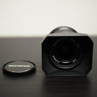 オリンパス(OLYMPUS)のM.ZUIKO DIGITAL ED 12mm F2.0 美品(レンズ(単焦点))