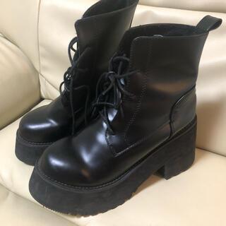 バブルス(Bubbles)のバブルス 厚底 ブーツ 黒 エナメル 38サイズ 23.5-24cm★(ブーツ)
