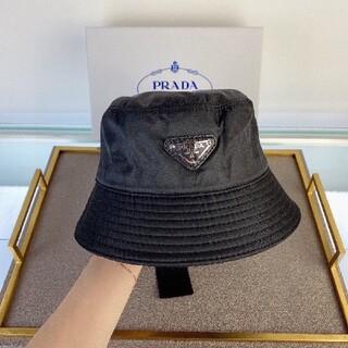 新品   プラダ ナイロン ハット 帽子 黒